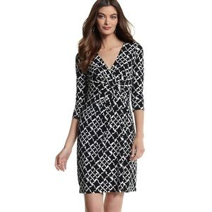 3/4 SLEEVE HOUNDSTOOTH KNIT DRESS